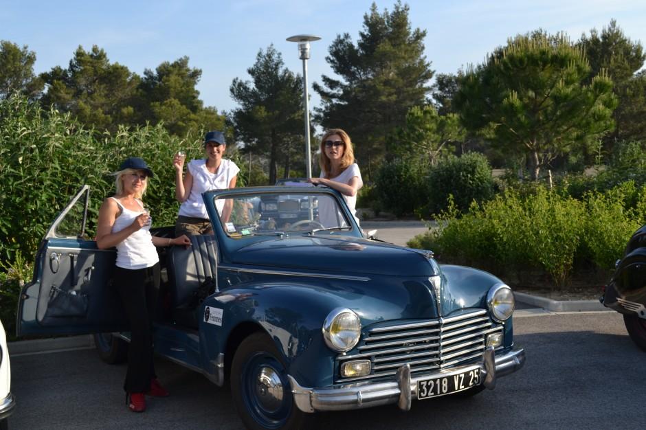 Julie Gayet, Sidonie Ferrandi, Clémence de Bernis, Peugeot 203, Rallye des Princesses