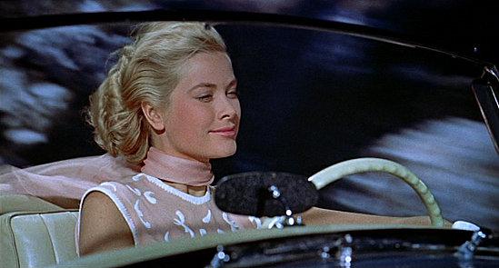 Une promenade royale en lancia flavia les enjoliveuses - Avec quelle actrice pourriez vous sortir ...