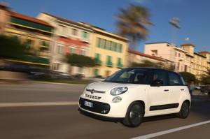 Fiat 500 L, publicité, tv, prix, équipement, toit panoramique, familiale