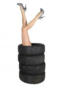 oxyo pneus, mobivia, voiture de femme, changer un pneu, femme, sondage, pneumatique