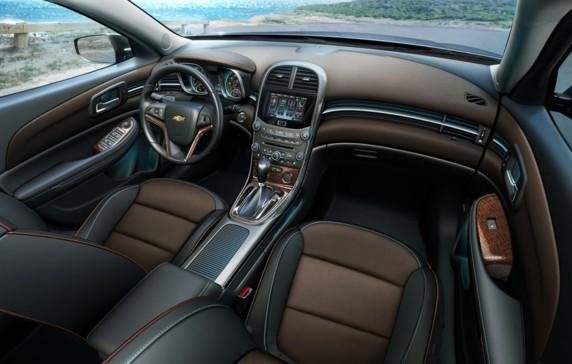 Chevrolet, Malibu, 2012, Isaac Mizrahi, luxe, haute couture, voiture de femme