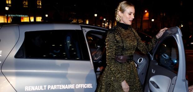 Diane Kruger, illumination, Noël, atelier renault, renault, champs élysées, cadeaux