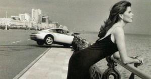 rire, femme au volant, mort au tournant, voiture femme, video, fou rire, drôle humour