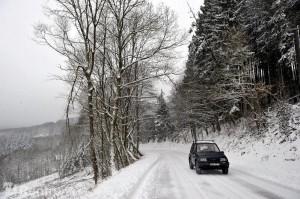 neige, verglas, conduite sur neige, conduite sur verglas, danger, accident, glisse,