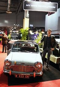 Grégory Galiffi, D8, animateur TV, TV, animateur, rétromobile, salon, salon auto, porte de versailles, vieille voiture, mini