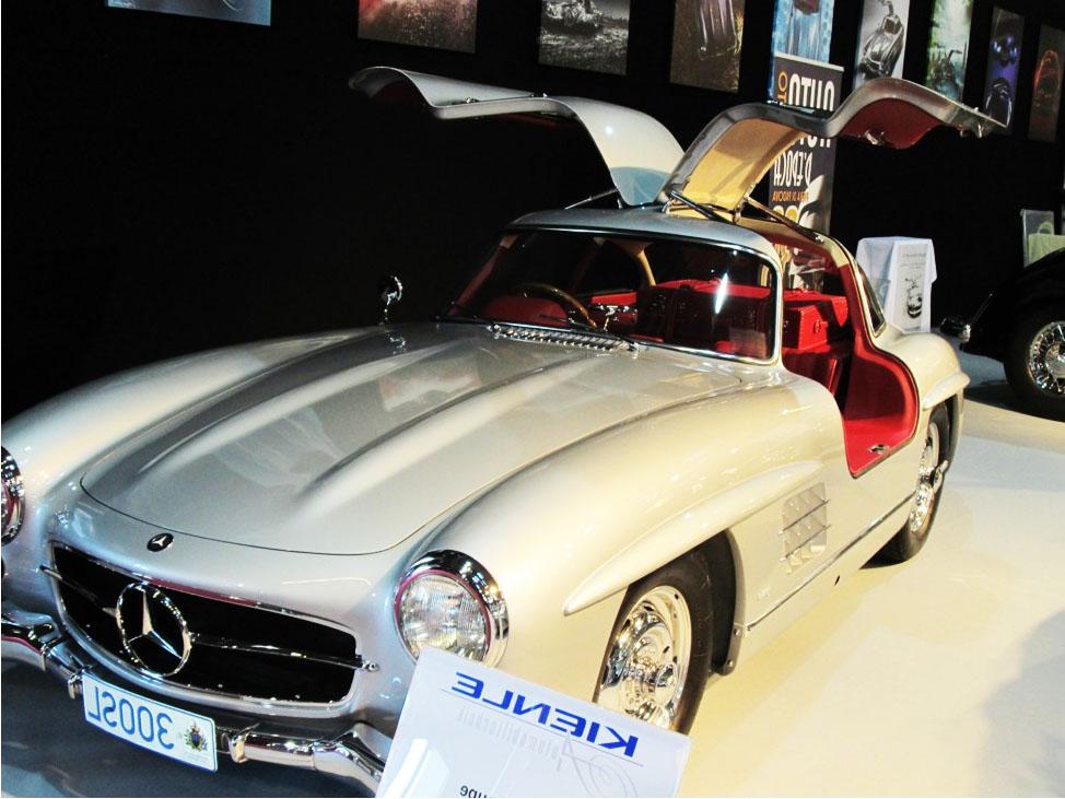 Visite d taill e du salon r tromobile 2013 et de nos coups for Salon porte de versailles retromobile
