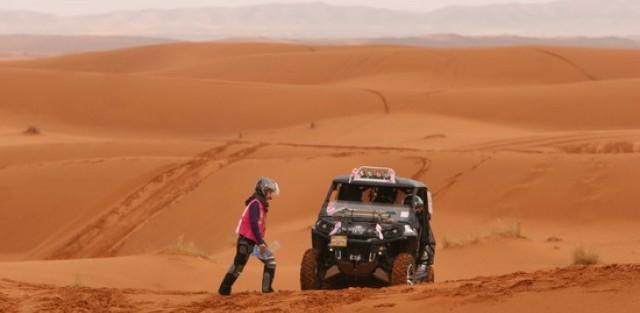 rallye des gazelles, maud garnier, laetitia bléger, rallye, raid, femme, humanitaire, désert, maroc, voiture femme