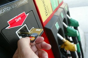 essence free, essence, carburant, prix, tarif, station service, France, iPhone, application, bon plan