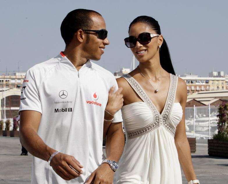 femmes, sexy, padoocks, F1, Formule 1, top 10, nicole scherzinger, pilote, pilote f1, femme F1,