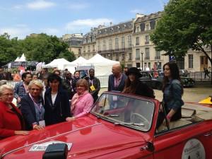 rallye des princesses 2013, rallye des princesses, invalides, départ, rachida dati, vérification, rallye, voiture collection