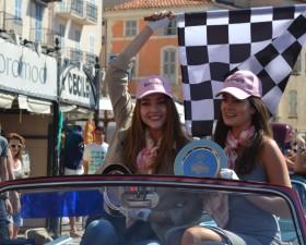 rallye des princesses, saint tropez, arrivée, voiture collection, voiture femme, solweig