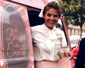 boudoir des cocottes, onglerie, voiture fille, voiture femme, van, van itinérant, coiffure, maquillage