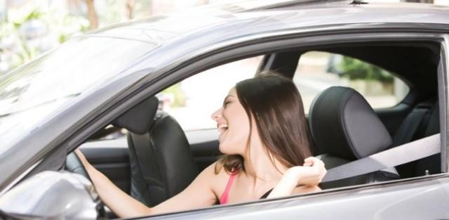 musique en voiture, musique, playlist, voyage, détente, bouchon, deezer