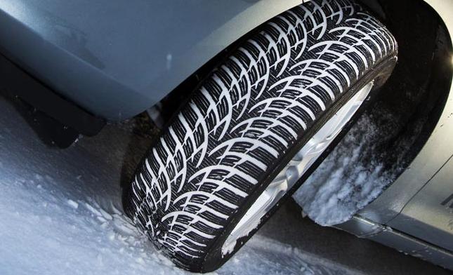 pneus hiver, pneu, conseil pneu, acheter pneu, astuces, tirendo, allopneu, sécurité