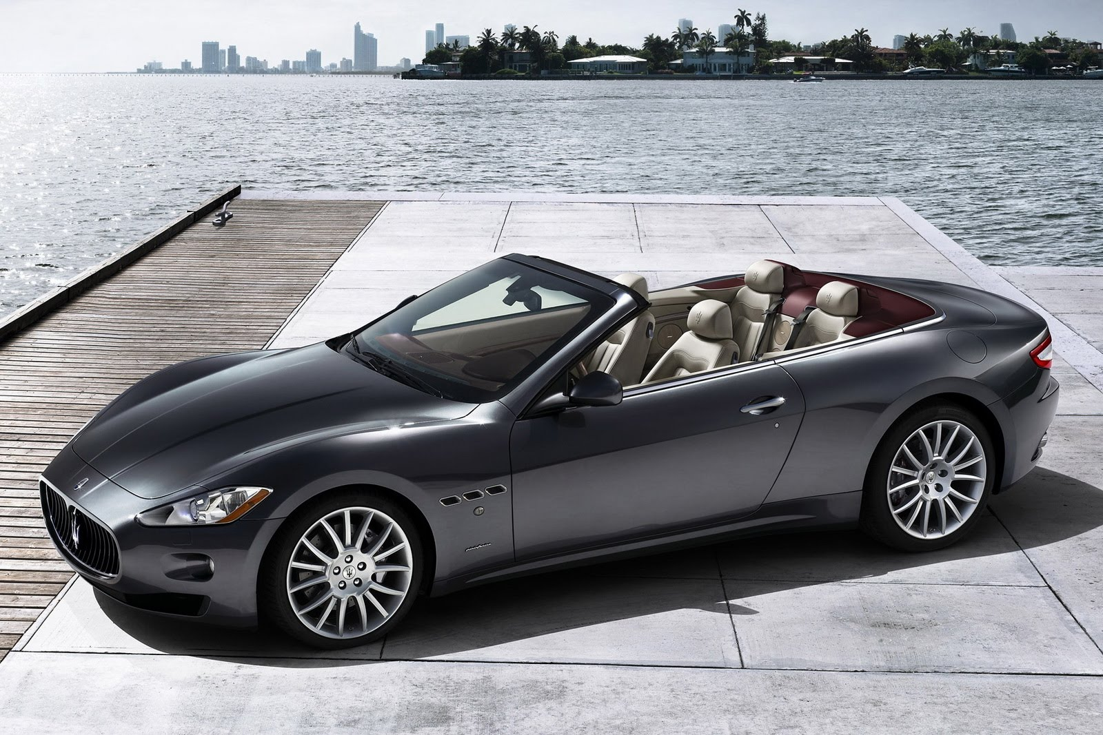maserati grancabrio, location voiture luxe, week-end romantique, saint valentin, week-end, week-end romantique