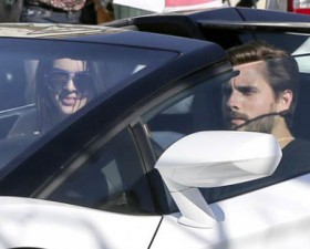 Kendall Jenner, Lamborghini, lamborghini aventador, Scott disick, starbucks, mannequin