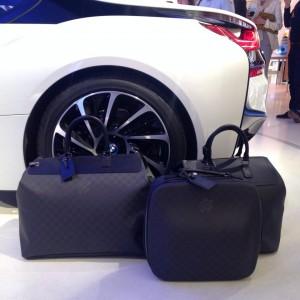 bmw i8 x louis vuitton le mariage luxueux automobile et maroquinerie. Black Bedroom Furniture Sets. Home Design Ideas