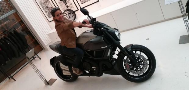 Ducati diavel titanium, moto, moto femme, ducati, diavel