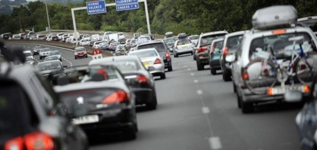trafic du week-end, bouchon, embouteillages, bison fute, vacances, departs vacances