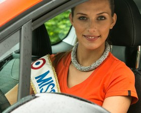 camille cerf, miss france 2015, miss france, peugeot, 208, 108, essai, interview