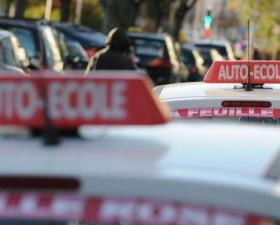 auto-ecole, permis de conduire, astuce, codeclic, vroomvrom.fr, code de la route