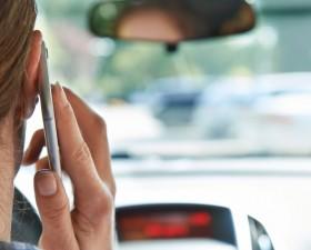 interdictions en voiture, nouvelles lois, securite routiere, bernard cazeneuve, tabac,