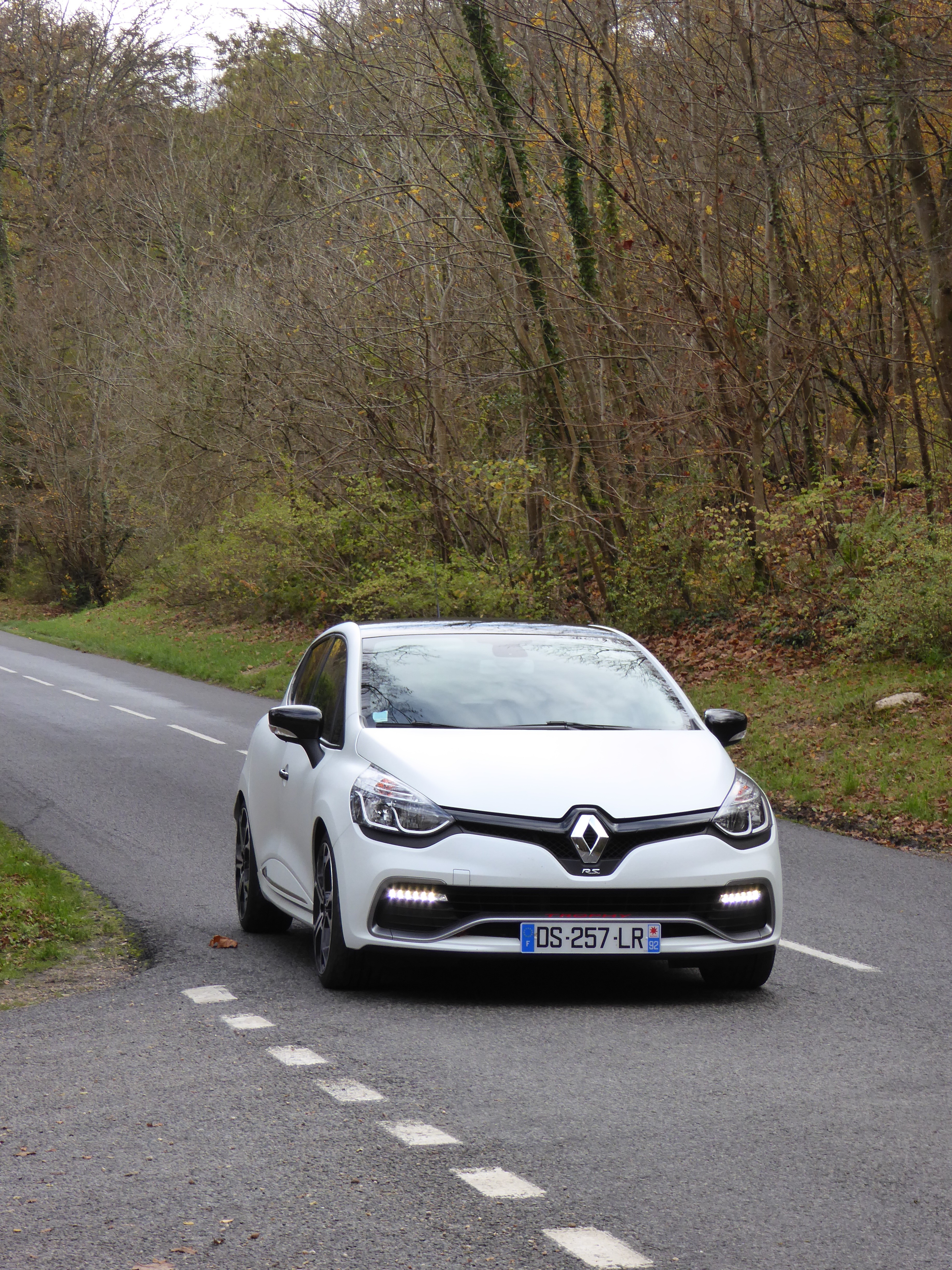 speed dating clio 4 rs New renault clio rs 200 edc takes the appeal of performance motoring to a new level thanks to the as soon as there is too great a speed difference between.