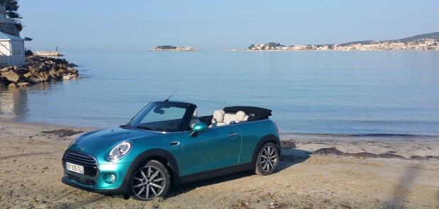 Mini Cabrio Essai Dune Décapotable Féminine
