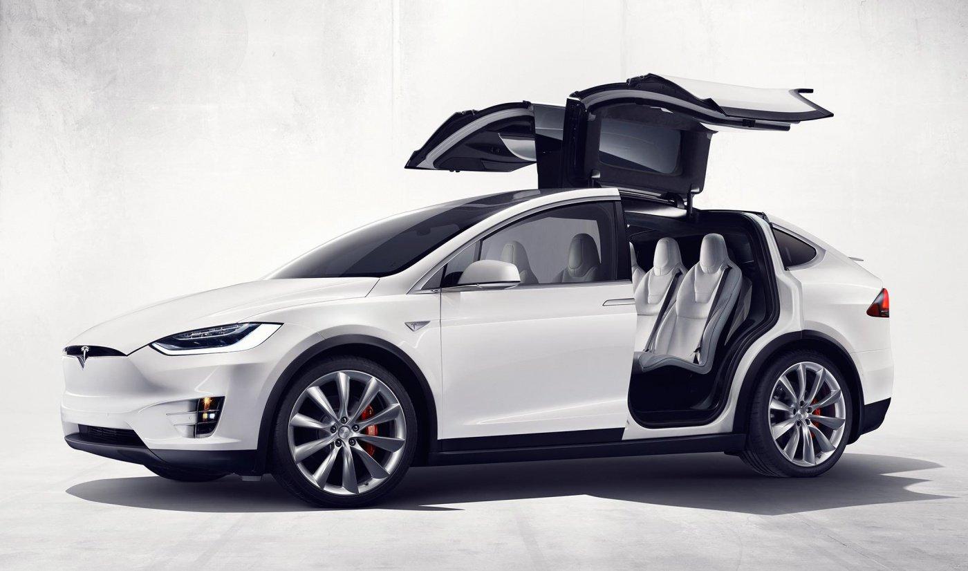 tesla, model X, accident, voiture autonome, securite routiere, NHTSA