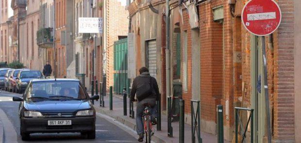 automobilistes, enervements, cyclistes, voiture sans permis, sondage, enquete