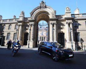 Emmamuel Macron, Donald Trump, 14 juillet, Peugeot 5008, défile 14 juillet