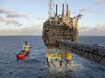 nicolas hulot, hydrocarbures, hydrocarburants, ecologie, exploitation hydrocarbures