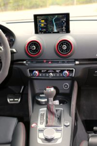 apple car play, android auto, telephone en voiture, connectivite, bluetooth, securite routiere, CVMP , huawei