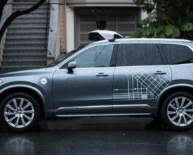 voiture autonome, uber, volvo XC90, accident