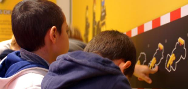 atelier renault, lego, animation enfant, activite enfant paris,