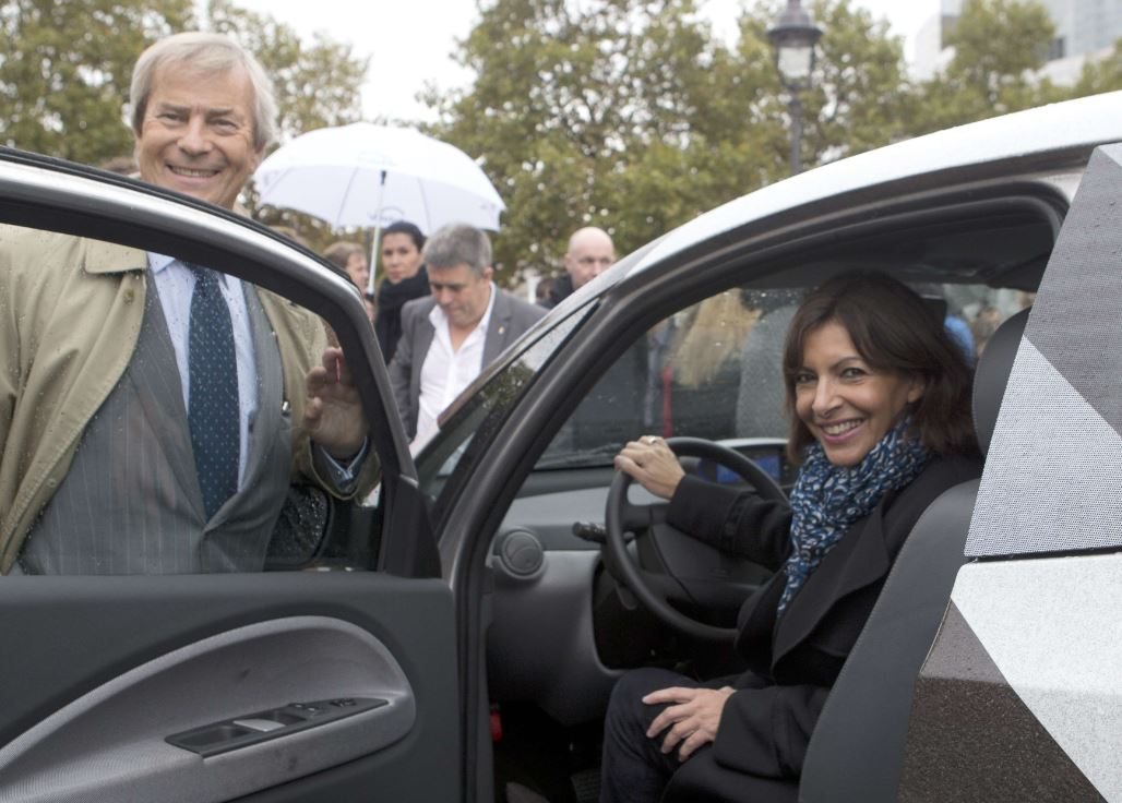 autolib, autopartage, anne hidalgo, deficit, bollore,