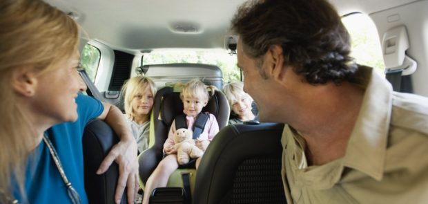 parents automobilistes, securite routiere, telephone au volant, securite enfant, enfant en voiture