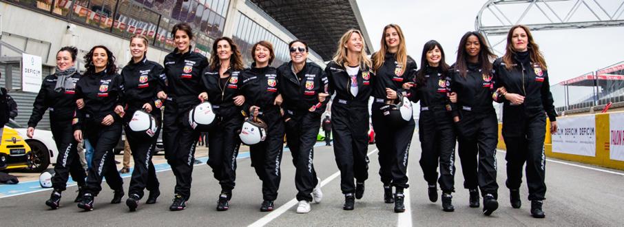 talon piste, exclusive drive, circuit du mans, sport auto, miss france, auto femme, course auto feminine