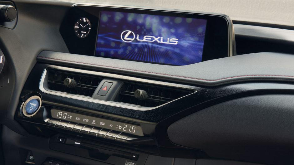 Lexus, UX, UX 250h, tableau de bord, essai, testdrive, roadtrip