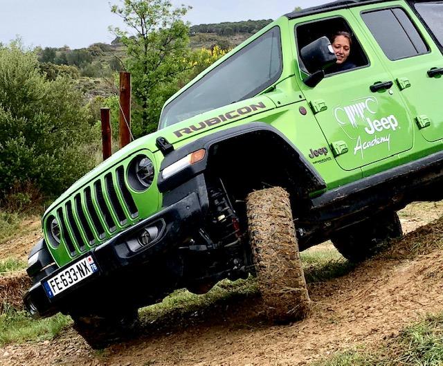 jeep, wrangler, jeep wrangler, jeep academy, franchissement, 4x4, off-road, chateau de lassoers, clemence de bernis