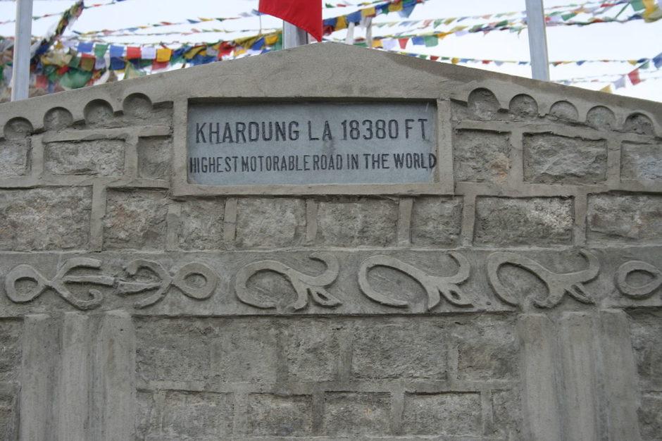 Khardung La, plus belles routes du monde, plus beaux cols du monde, col de montagne, canada