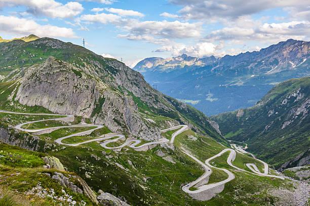 plus belles routes du monde, plus beaux cols du monde, tremola, col de la furka, suisse