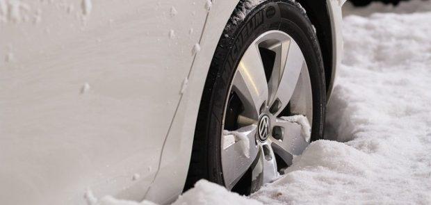 pneu, pneus hiver, pneus neige, que choisir, pneus 4 saisons, classement pneus hiver