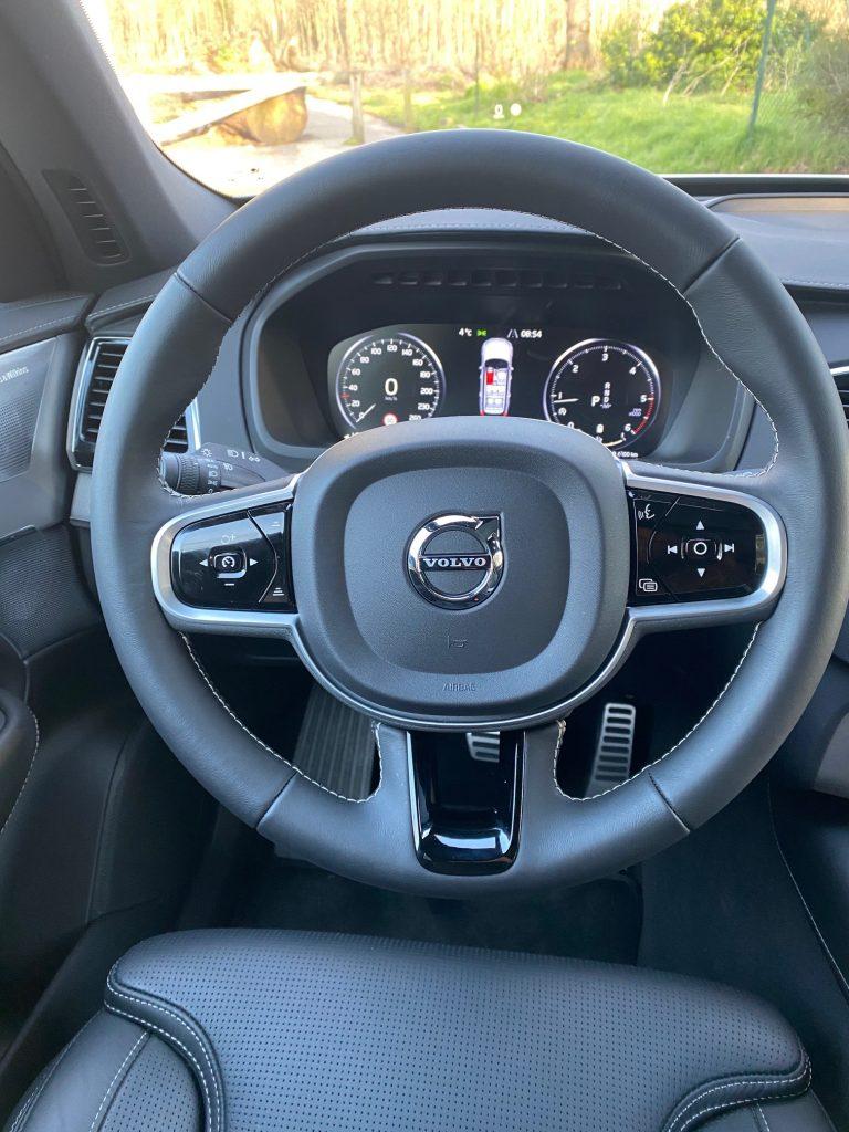 volvo, Volvo XC90, suv, SUV familial, voiture familial, voiture 7 places, habitacle, volant